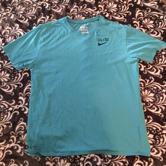 7ad6f933c6a6 Nike Dri-Fit Elite XL Blue Back Stripe T-Shirt EUC.  M 5b353f2103087cf8af451e33